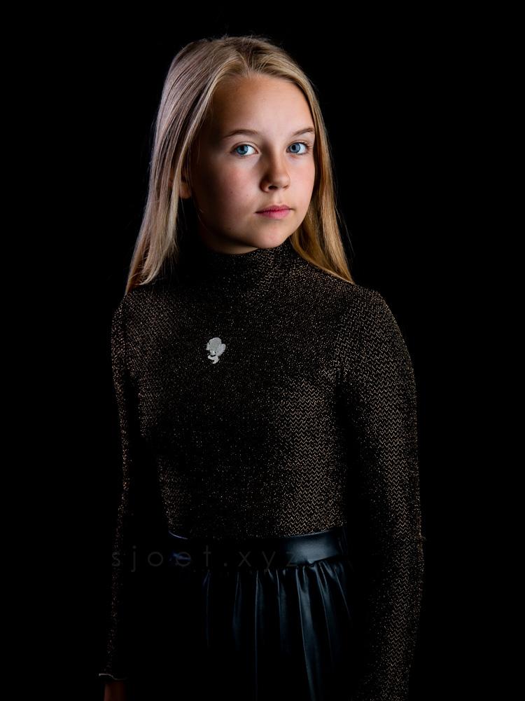 Lola van den Broek | Sjoet.xyz